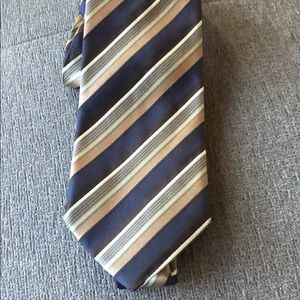 Hugo Boss neck tie